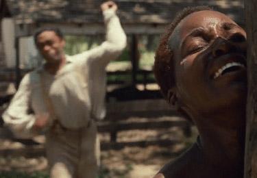 ฉากโหดร้ายของการทำร้ายร่างกายทาสชาวผิวสี