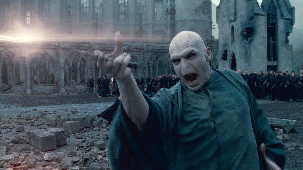 เจ้าแห่งศาสตร์มืดกลับมา! รีวิวหนัง หนังภาคต่อ Harry Potter
