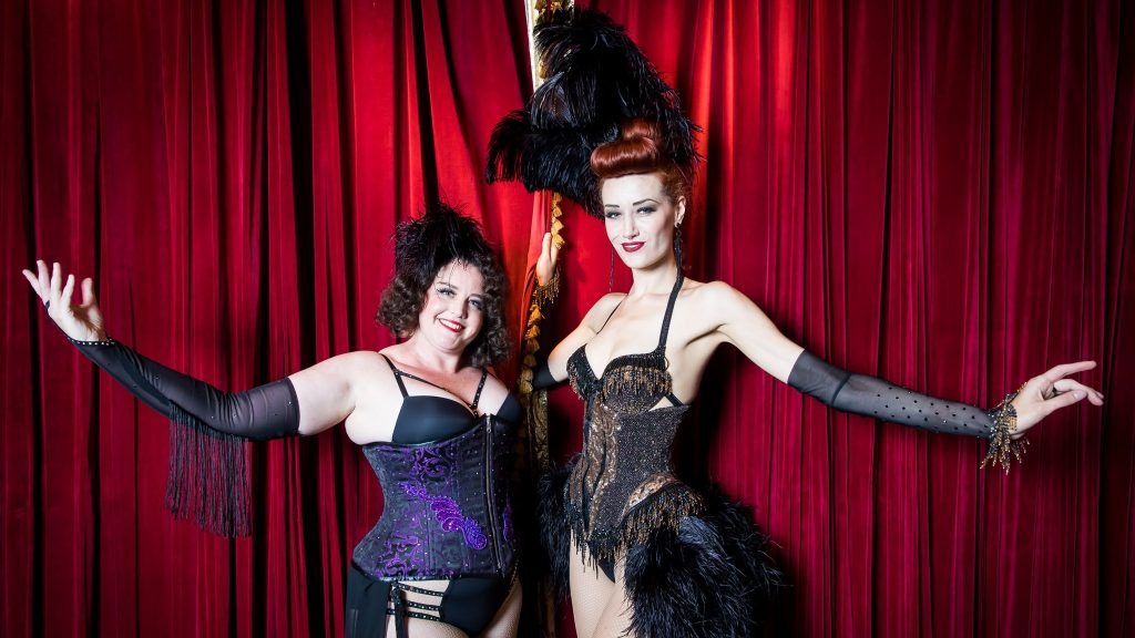 Burlesque บาร์รัก เวทีร้อน มิวสิคัล
